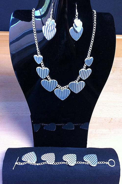 Queen of Hearts Jewellery Set (Aluminium)