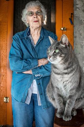 Helen & a barn cat