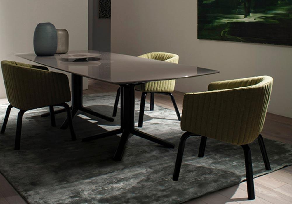 meridiani miller dining table 4.jpg