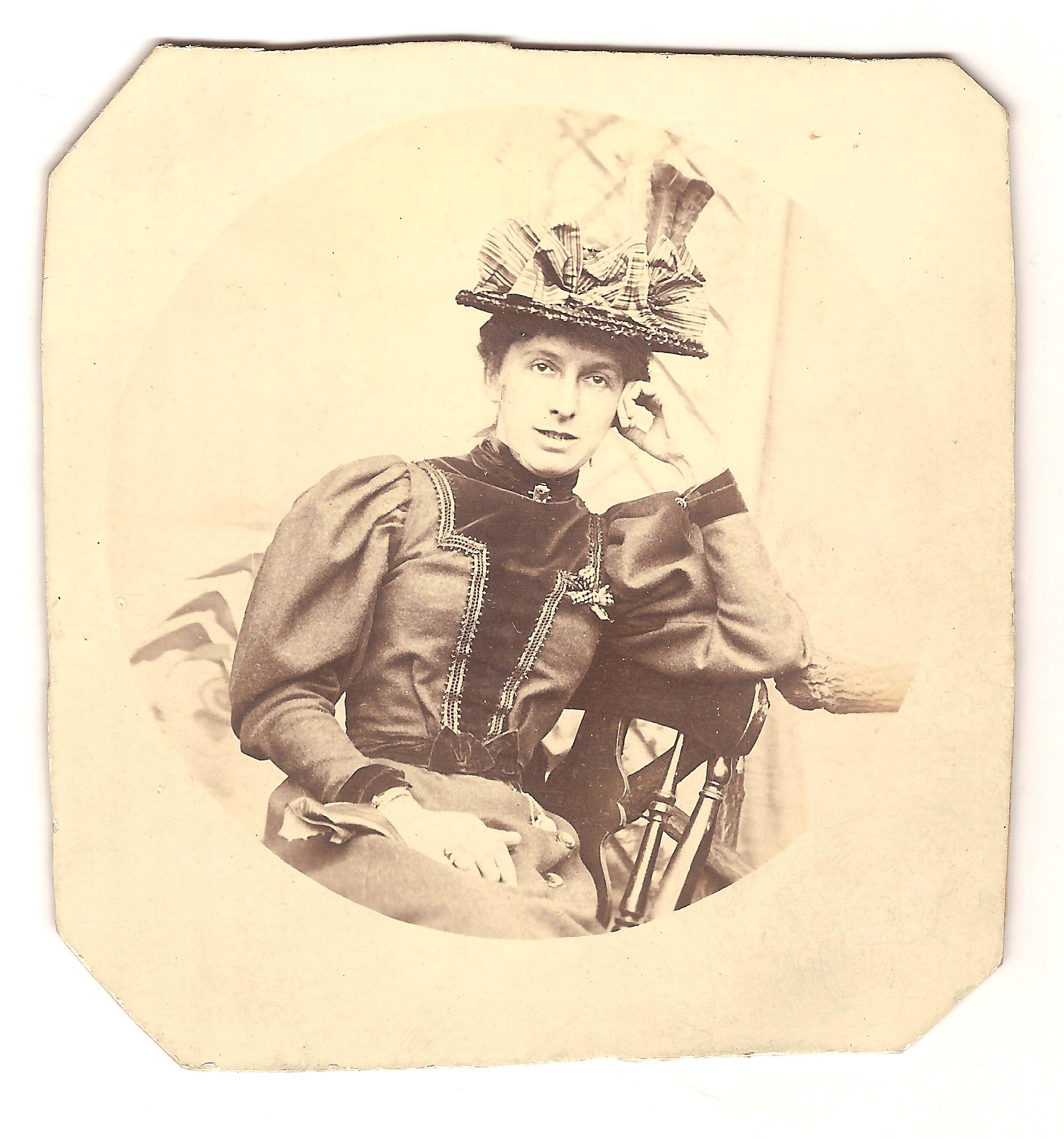 Kathleen O'Neill, Norman's sister 1898