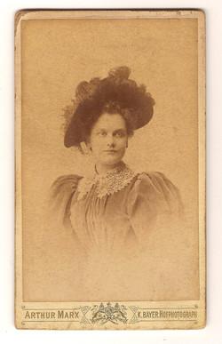Adine Ruckert in Frankfurt 1897
