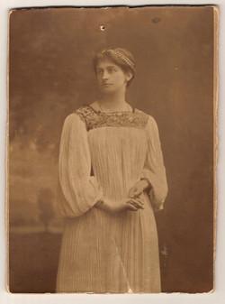 Constance O'Neill, Norman's sister 1896