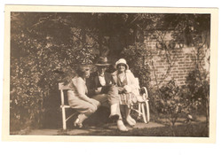 Yvonne, Norman and Adine O'Neill, Losely 1930