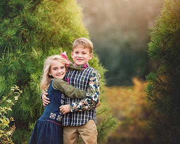 Christmas Tree Farm Mini Siblings 2019.j