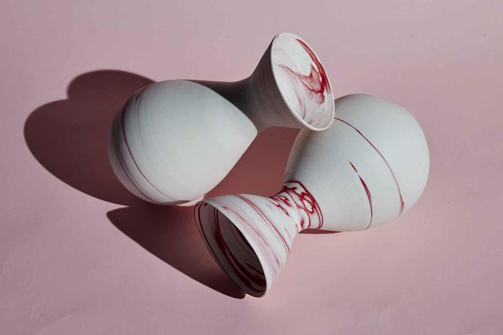 Neriage vases in red and white