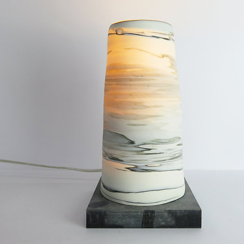 Neriage table lamp