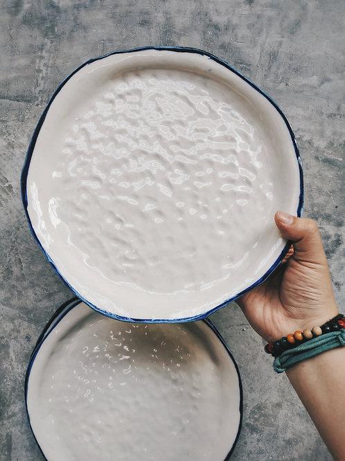 Porcelain skin plates