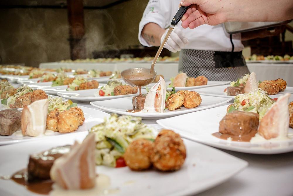 7 tips para impresionar a tus invitados con la cena