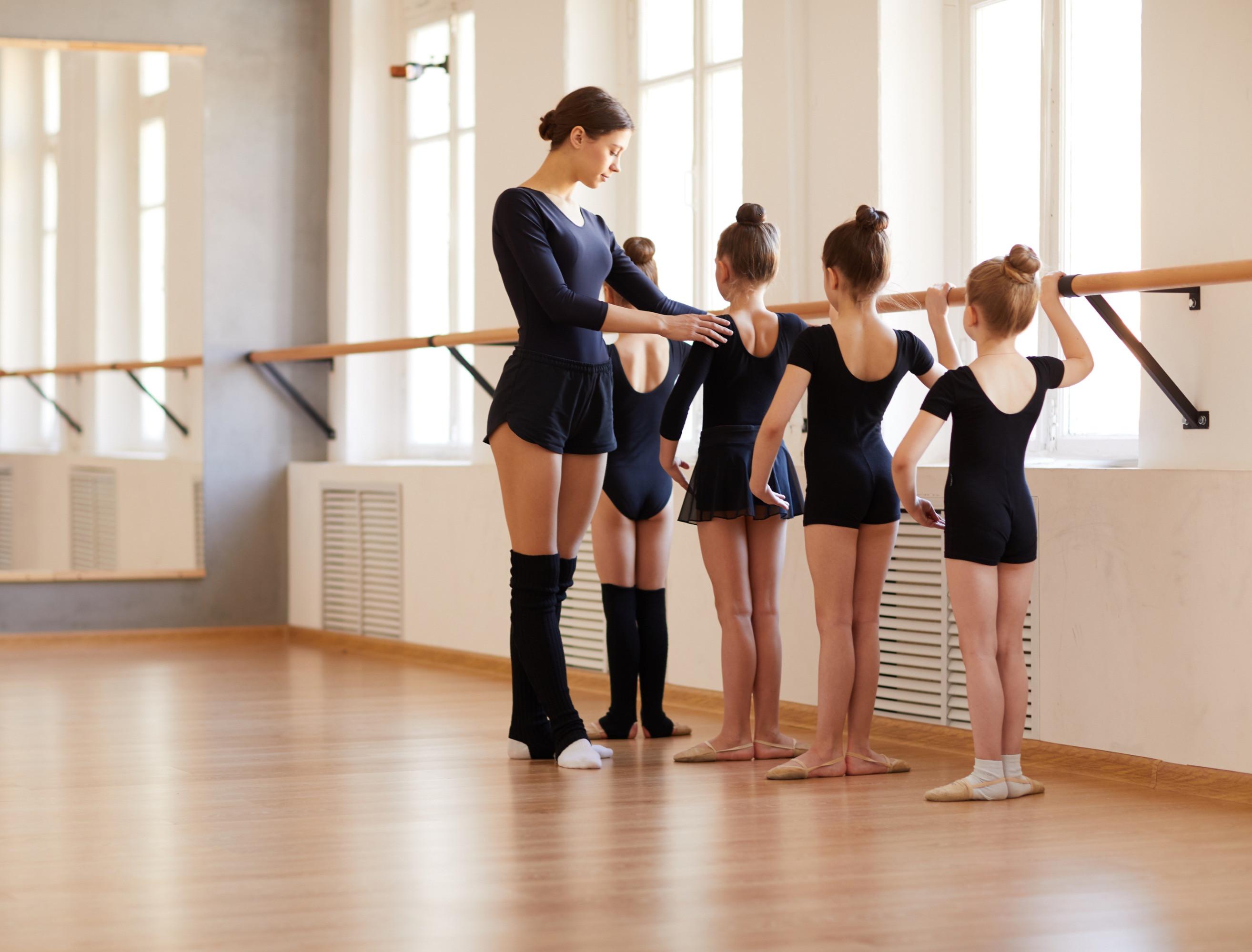 Pre-Ballet: Rhythm & Basics