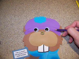 Kidfunideas.com groundhog paper bag puppet step 2 picture