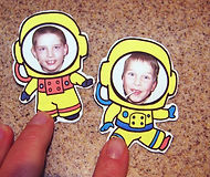 Kidfunideas.com astronaut to the moon space craft picture of adding the face image to the astronaut