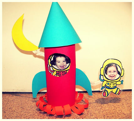 Kidfunideas.com Astronaut to the Moon Space craft example picture