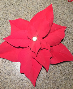 Kidfunideas.com poinsettia craft project directions picture - assembling the flower picture