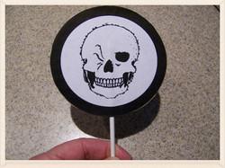 Winking Skeleton Halloween craft
