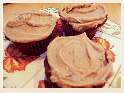 Kidfunideas.com Caramel Apple Muffins.  A great way to celebrate Autumn and Apple season make these delish tasty treats