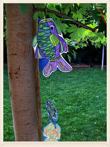 Kidfunideas.com beautiful Windsock fish craft. A quick and easy craft for kids