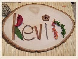 Kidfunideas.com Nature names autumn leaf craft