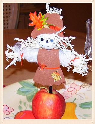 Kidfunideas.com Scarecrow Pencil topper Autumn craft for kids