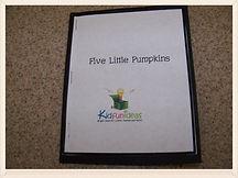 Kidfunideas.com 5 little pumpkins free mini book for Halloween