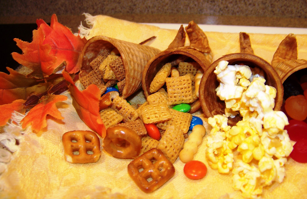 Cornucopia Thanksgiving snacks for kids