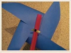 Kidfunideas.com sparkler pinwheel craft