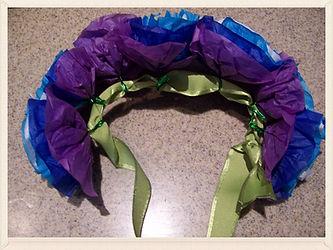 Kidfunideas.com Hawaiian headdress craft for kids