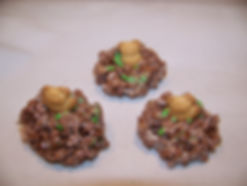 Kidfunideas.com groundhog's day treats version 3 made with crispy rice and teddy grahams