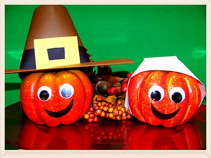 Kidfunideas.com Pilgrim pumpkins Thanksgiving craft for kids