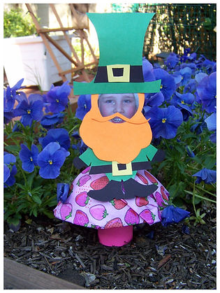 Kidfunideas.com Mini Leprechaun Me Craft for St. Patrick's Day