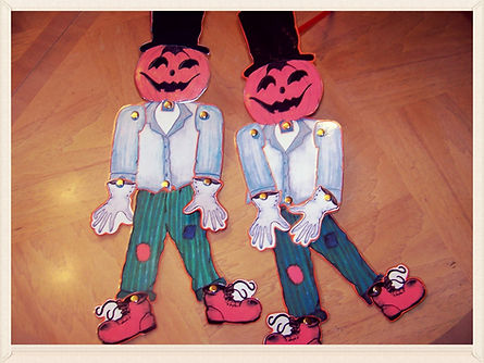 Kidfunideas.com Halloween Scarecrow craft for kids.  So easy to make Halloween craft