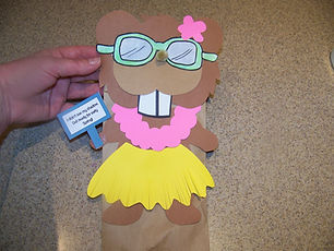 Kidfunideas.com groundhog paper bag puppet step 4 picture