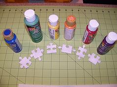 Kidfunideas.com Autism awareness puzzle piece craft step one