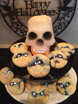 Spooky Boo-berry muffins