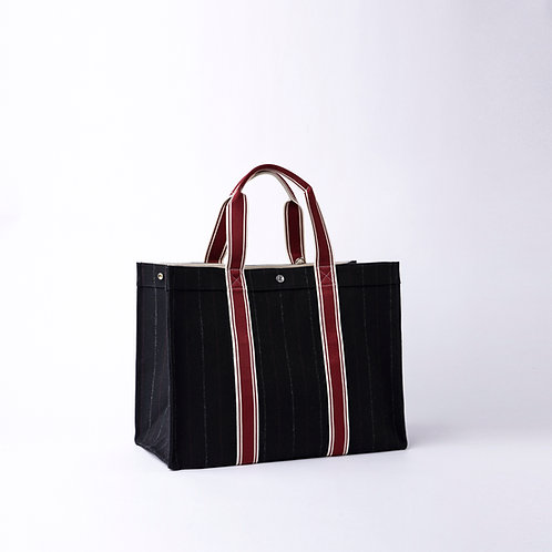 TOTE Extra Large  - Navy Flannel Suit
