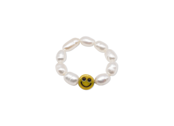 SMILEY RING WITH PEARLS