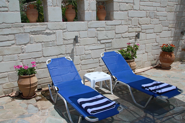 No shortage of sun bathing options