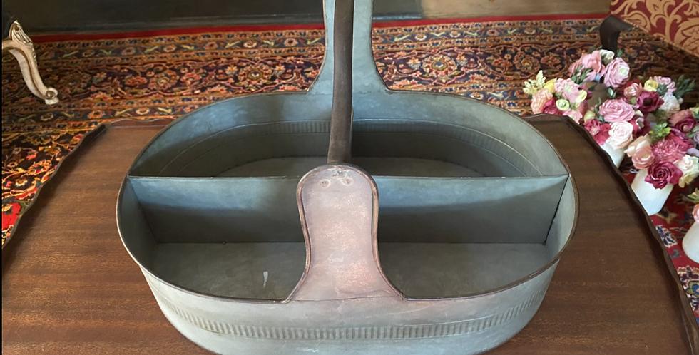 Oval Metal Basket with Handle