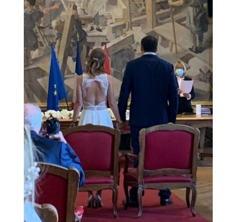 Mariage civil.