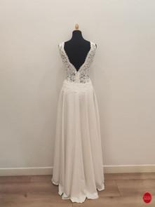 Robe de mariée longue en tulle brodé_dos