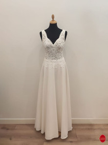 Robe de mariée longue en tulle brodé_dev
