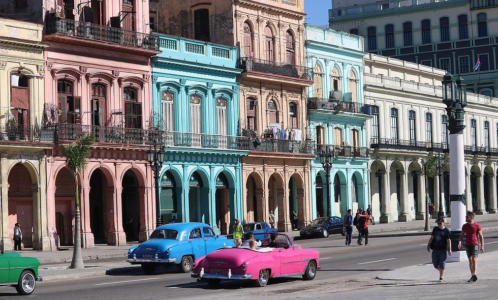 Dall'Avana: In auto d'epoca