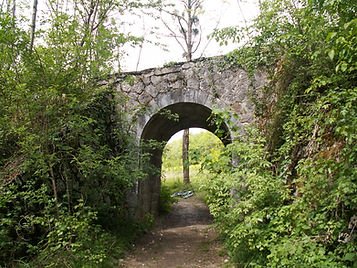 6 bis - chemin et pont.JPG