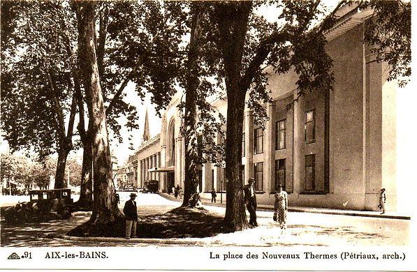 cite_-_Aix-les-Bains_-_La_place_des_Nouv