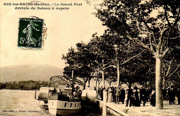 Aix-les-Bains - bateau à vapeur sur le lac du Bourget