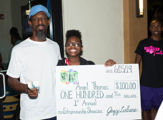 3rd Place Winner Angel Thomas and Dad