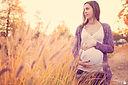 Laure Potennec Sophrologue Animatrice massage bébé et portage
