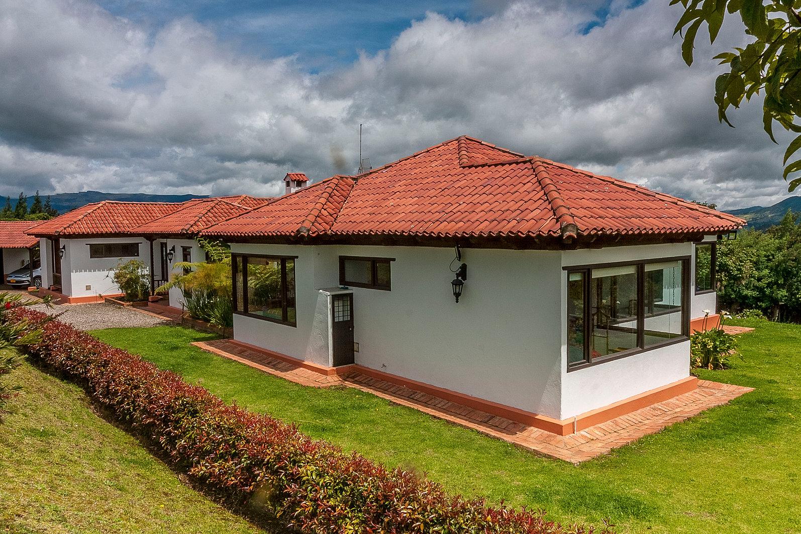 Casas campestres venta de planos constructora for Cubiertas para casas campestres
