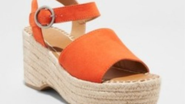 Women's coral wedges size 7.5