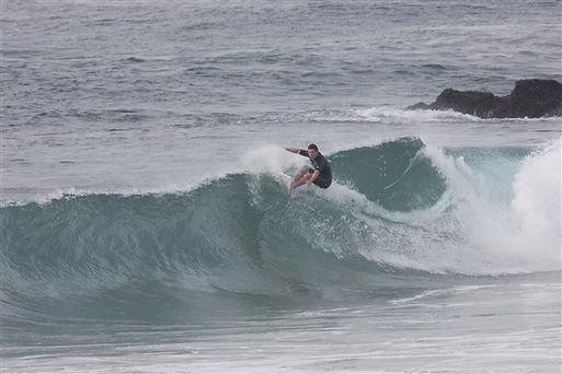 Sourfing pointbreak Mozambique