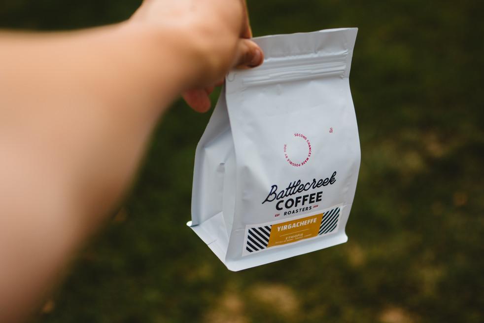 battlecreek-coffee-roasters-HvzR2yXtii4-